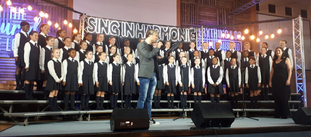 Kyknet choir competition